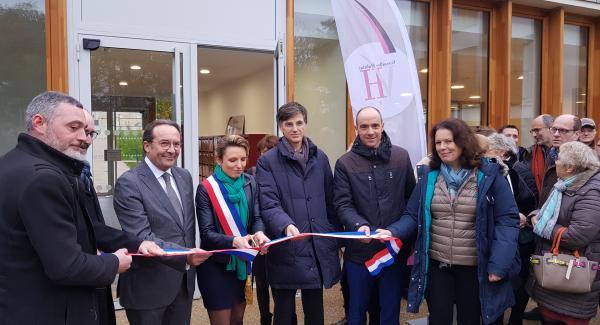 Première résidence intergénérationnelle sociale VH Le Bois de la Garenne Les Loges en Josas