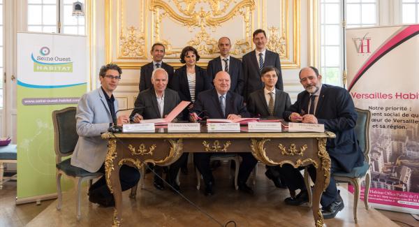 Signature du protocole de négociations exlusives entre Versailles Habitat, Seine Ouest Habitat et la SEMADS, et IRP