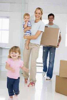 Famille qui emménage dans son logement